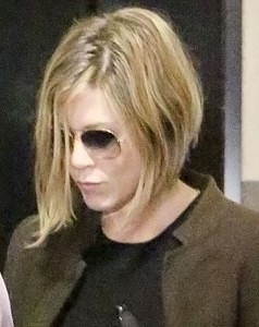 jennifer-aniston-short-hair-636
