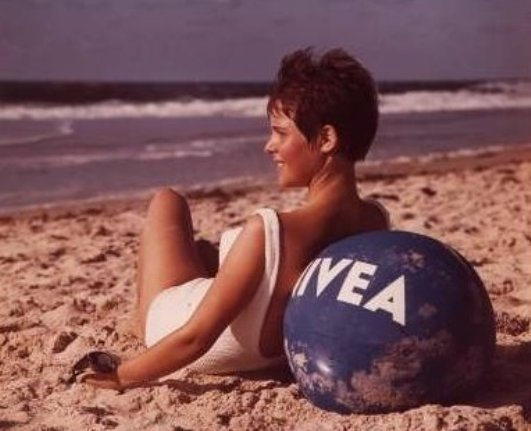 NIVEA-advertisement-poster-1964-Beiersdorf